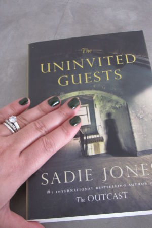 pärmen till Sadie Jones The Uninvited Guests