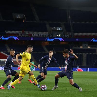 Paris Saint-Germain vs. Borussia Dortmund