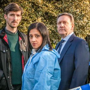 Suosikkisarjan Midsomerin murhat (12) uusi 18. kausi tarjoilee nyt kuusi uutta kaksiosaista tarinaa.