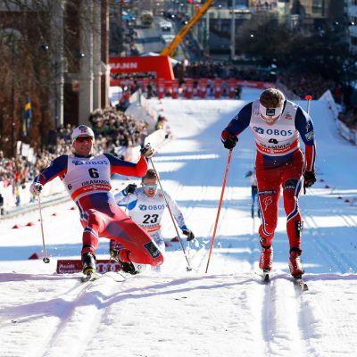 Drammenin sprintti päättyy kirkon portaille.