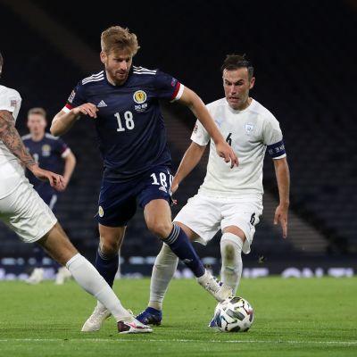Stuart Armstrong UEFA:n Kansojen liigan Skotlanti-Israel -ottelussa