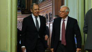 Rysslands utrikesminister Sergej Lavrov och EU:s utrikeschef Josep Borrell.