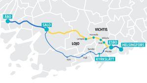 Karta som visar den nya järnvägssträckningen mellan Åbo och Helsingfors i relation till kustbanan via Karis.
