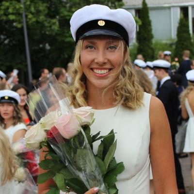 Jessica Rautelin blev student från Gymnasiet Grankulla Samskola.