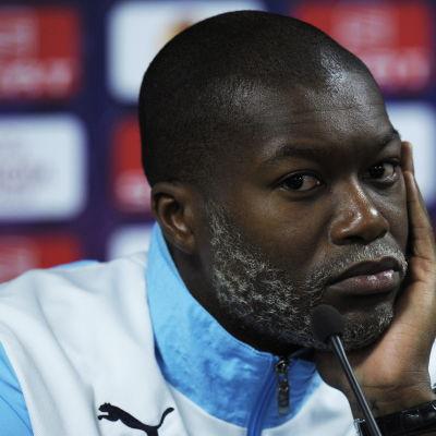 Djibril Cissé i djupa tankar.