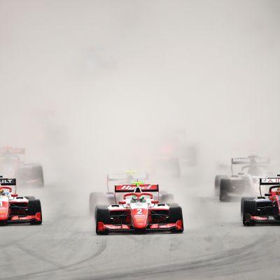 F3-sarjan kilpailua ajettiin epävakaissa oloissa lauantaina.