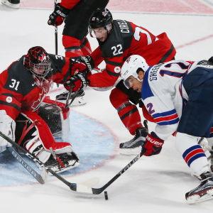 Kanadensiska och amerikanska juniorhockeyspelare.