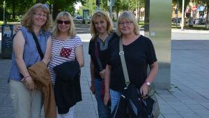 Ester, Linda, Miriam och Anja Heikkilä från Kanada.