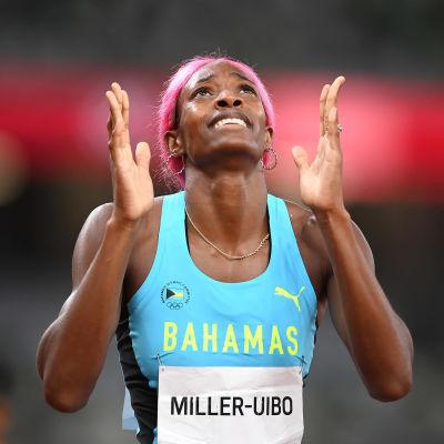 Shaunae Miller-Uibo tuulettaa olympiavoittoaan