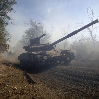 Proryska separatisters stridsvagn i östra Ukraina den 3 oktober 2015.