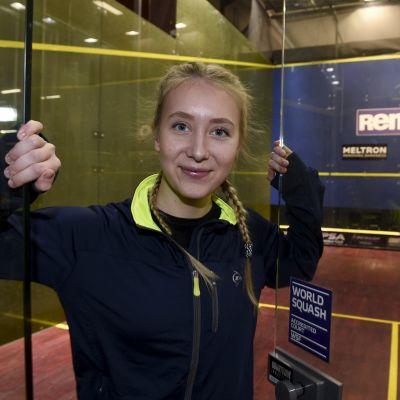 Suomen squaskin ykköspelaajiin lukeutuva Emilia Soini Helsingissä joulukuussa 2018.