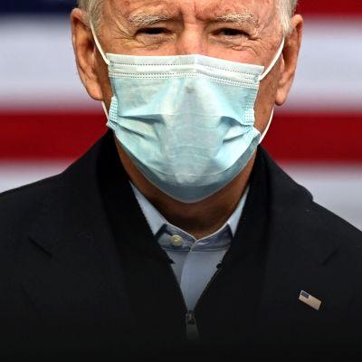 Joe BidenJoe Biden puhumassa kampanjatilaisuudessa 2. lokakuuta Michiganissa.