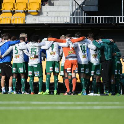 IFK Mariehamn laddar för match i Seinäjoki.