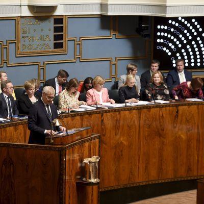 Pääministeri Antti Rinne eduskunnan täysistunnossa Helsingissä 11. kesäkuuta 2019.