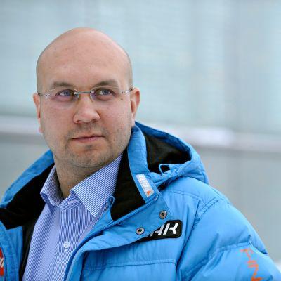 Janne Väätäinen toimi Suomen miesten mäkimaajoukkueen päävalmentajana vuosina 2008–10.
