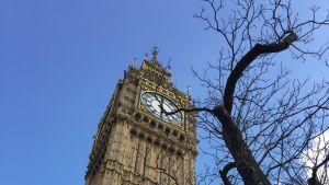 Big Ben, bilden tagen underifrån.