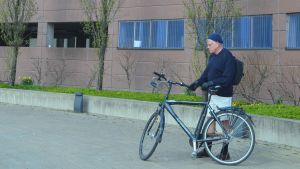 man, cykel