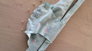 alushousujen ompelu