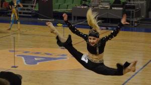 Mette Palkoranta deltar i discodanstävling år 2015.
