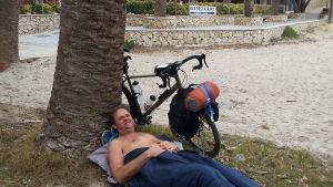 Lars Brunell cyklar från sydligaste Europa upp till Jakobstad.