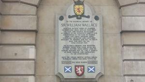 Ett minnesplakat för den skotska riddaren William Wallace (1270-1305) på Smithfield market i London. Wallace avrättades på platsen år 1305.