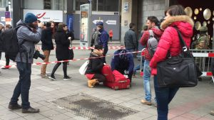 Visiteringar utanför Bryssels metro på onsdagen.