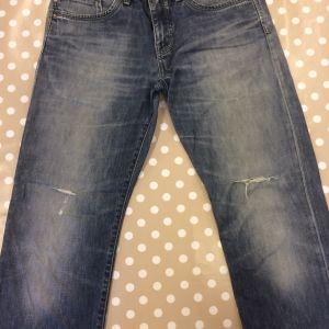 trasiga jeans