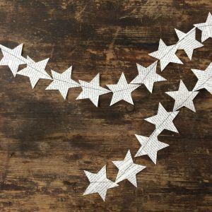 stjärngirlang gjord av boksidor