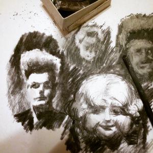 Eraserhead-hahmojen luonnoksia.