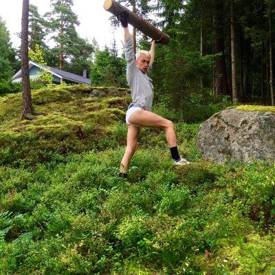 Christoffer Strandberg på sommarstugan.