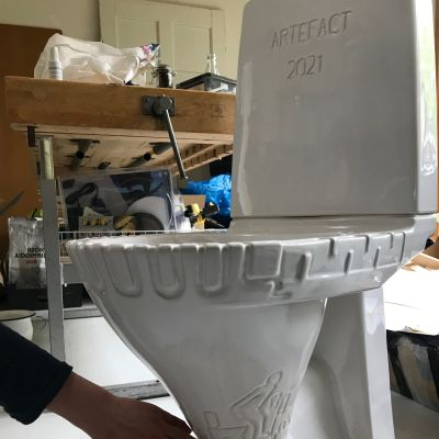 toalettstol i keramik