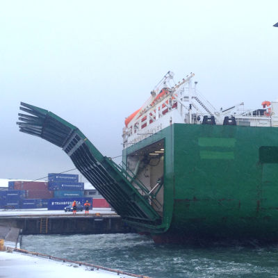 Finnmerchant anlöpte hangö hamn för första gången.