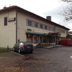 Ett bankhus i Ingå kyrkby som tillhör Aktia.