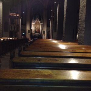 församlingarna ordnar tyst dag i Åbo domkyrka