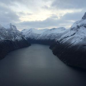 Åknesfjället och Storfjorden