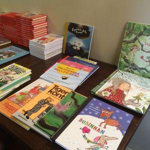 Bilder på barnböcker.