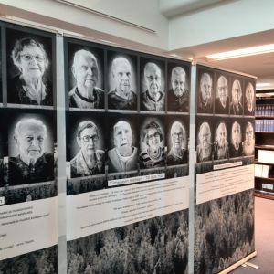 Utställningen Viimeiseen mieheen,till siste man på Riksdagsbiblioteket.
