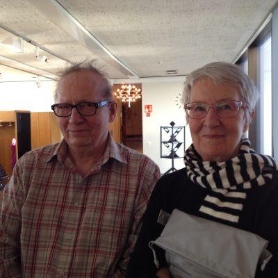Syskonen Christer Löfman och Isa Haslecker ville få farfars tavla värderad.