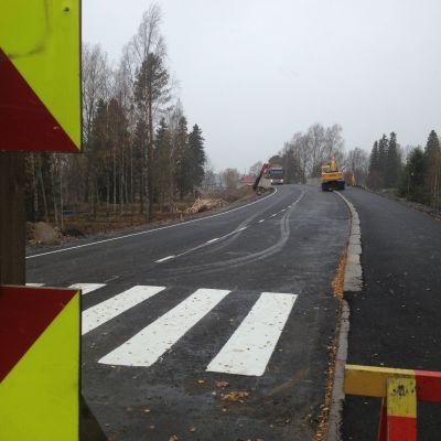 Östra sidans bro är snart klar