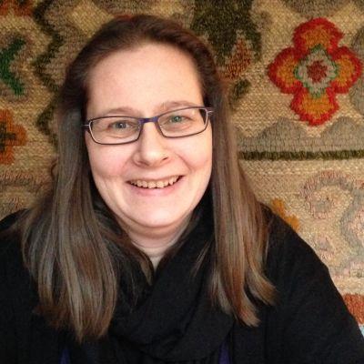 Tina Holmberg-Kalenius blev mobbad i skolan.