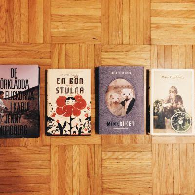 Bild på böckerna De förklädda flickorna, En bön för de stulna, Minkriket och Transparente blanche.