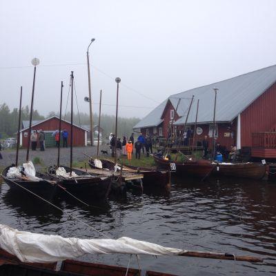 Vädret var inte på sjömännens sida.