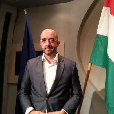 Zoltan Kovacs, regeringens talesman, Ungern