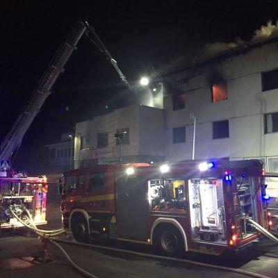 Brand på Hongaisvägen 35 i Hirvensalo i Åbo.