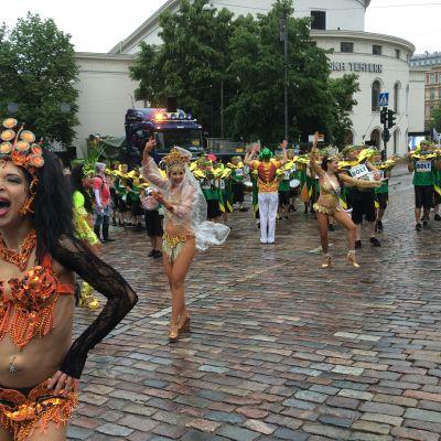 Sambakarneval i Helsingfors 18.6.2016.