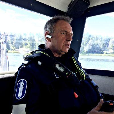 Michael Vaenerborg jobbar över midsommaren.