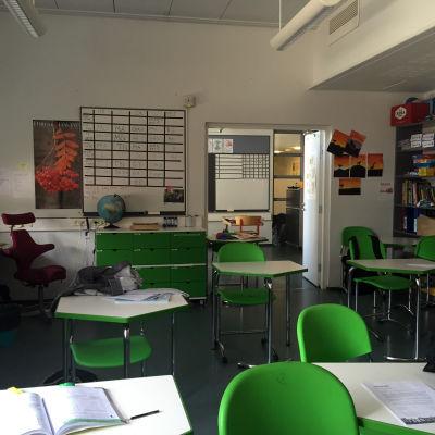 Ett klassrum i Finno skola i Esbo.