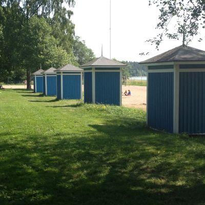 badhytter vid plagen i Lovisa