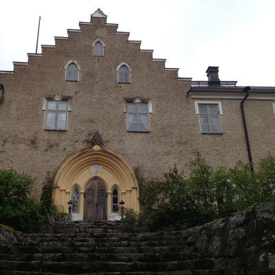 Svidja slott, paradingång