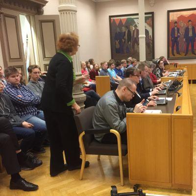 Jarkko Jalonen on seurannut Oulun kaupunginvaltuuston kokouksia yhtäjaksoisesti joulukusta 1992.